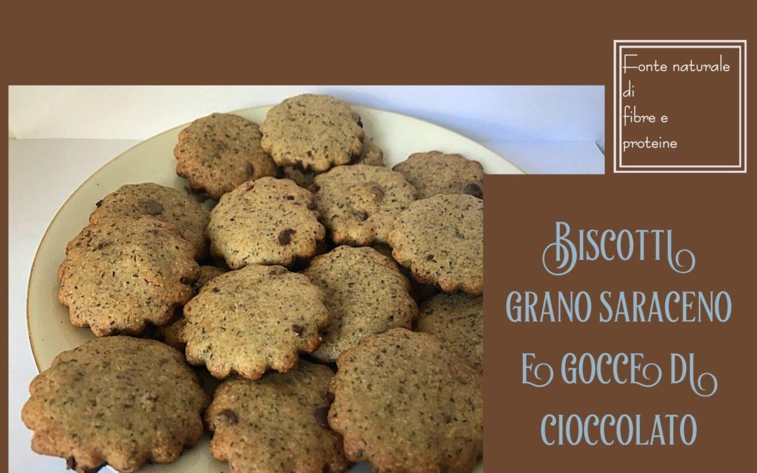 Biscotti di grano saraceno e gocce di fondente