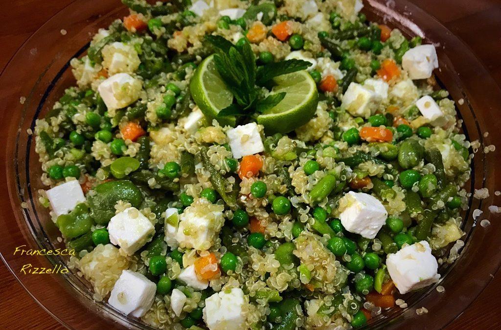 Quinoa con avocado e feta